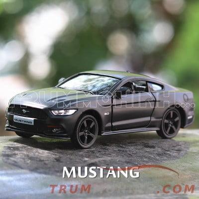 xe-mo-hinh-ford-mustang-1